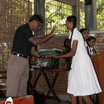 Ranger Anil Vithanage hands out award